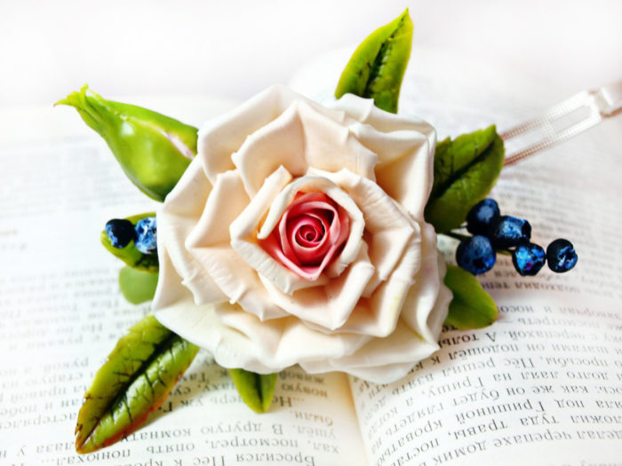 Cream Rose Blackberry Hair Clip 1