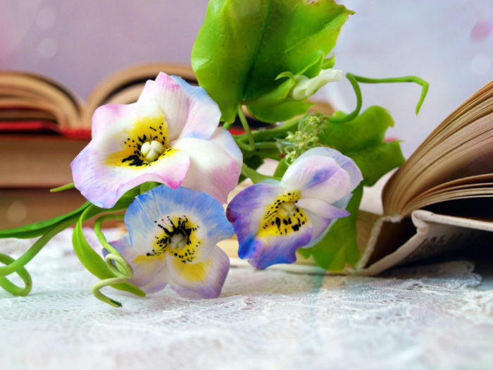 Pansy Hair Clip 1