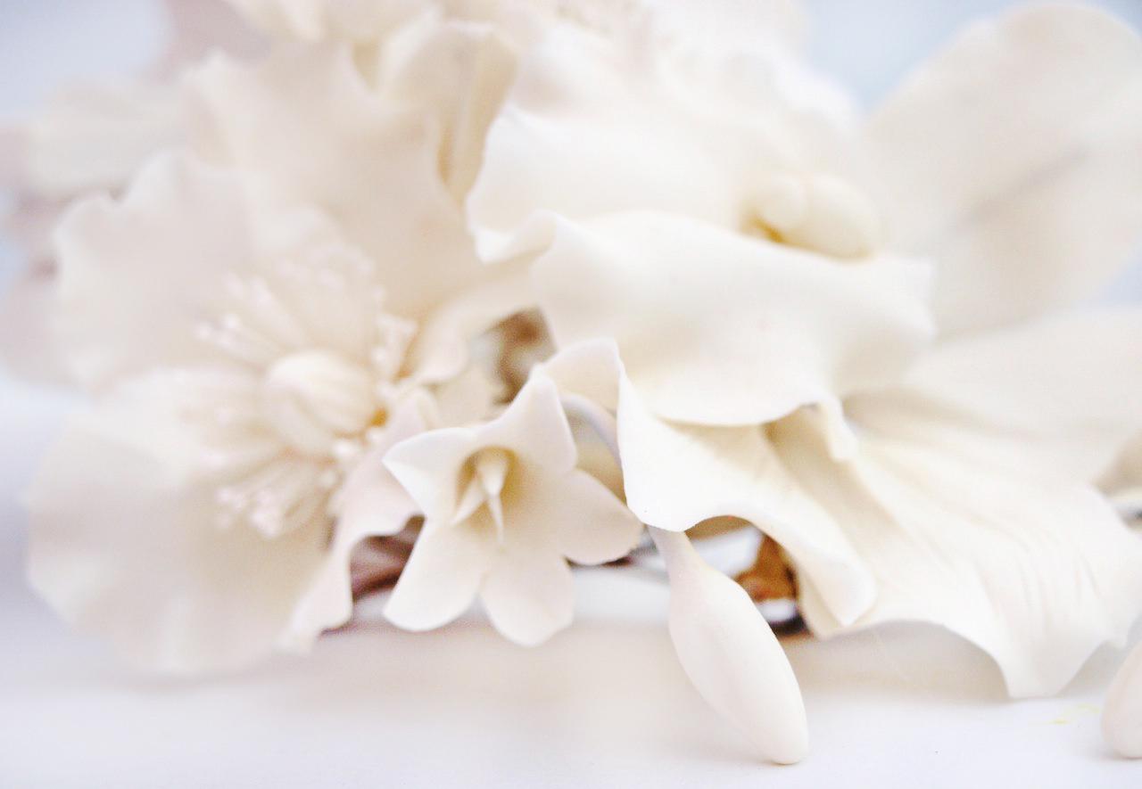 White Flower Hair Clip Handmade Artificial Flowers Oriflowers