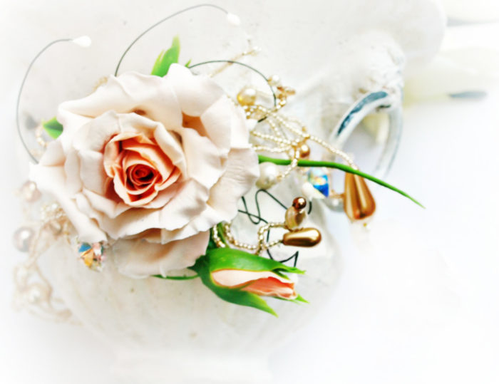 Rose Flower Necklace 1