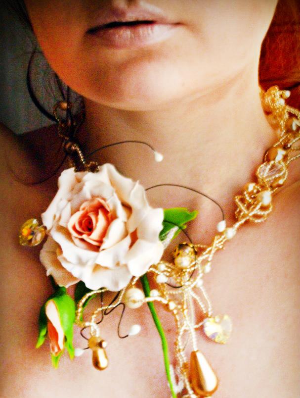 Rose Flower Necklace 2