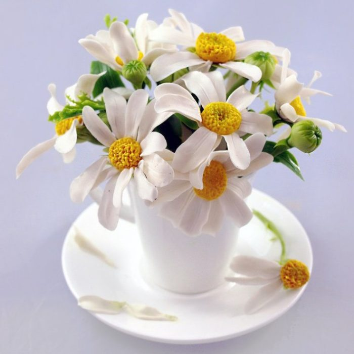 Artificial Chamomile Flowers in a Cup | Oriflowers