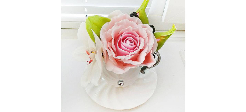 Artificial flower arrangement with pink rose and white orchid artificial flower arrangement with pink rose and white orchid oriflowers izmirmasajfo
