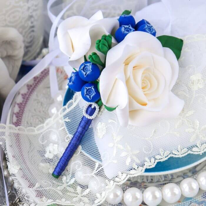 Blue And White Boutonniere 1 | Oriflowers