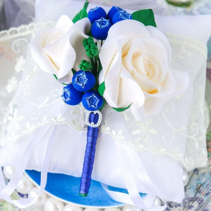 Blue And White Boutonniere 2 | Oriflowers