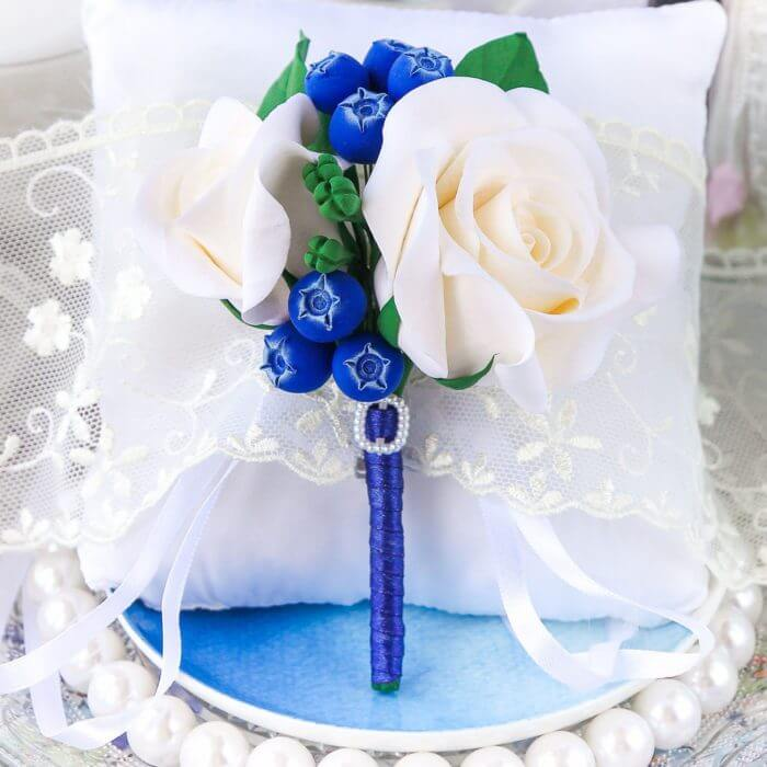 Blue And White Boutonniere | Oriflowers