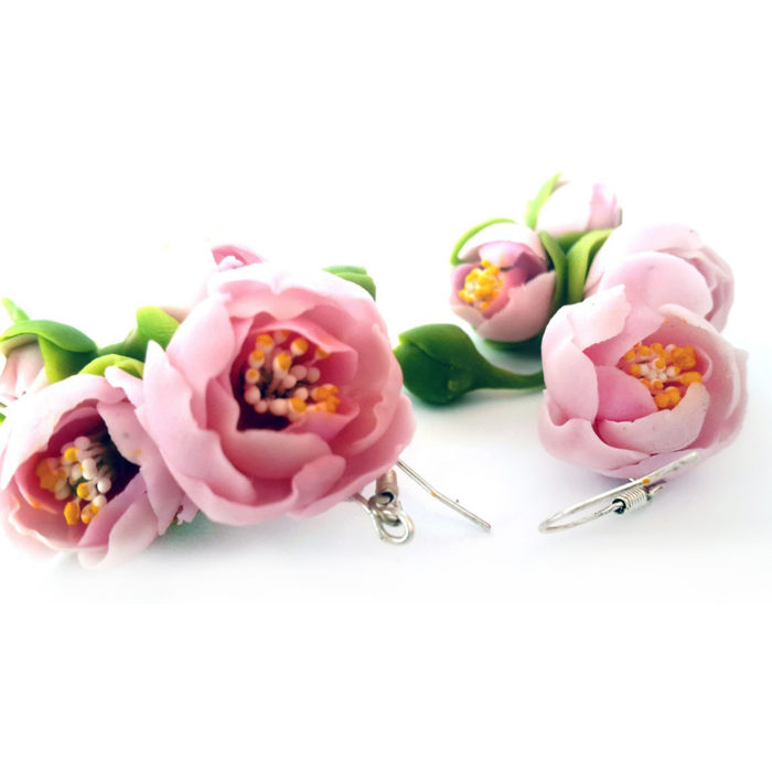 Dangle earrings with pink peonies - handmade jewelry | Oriflowers