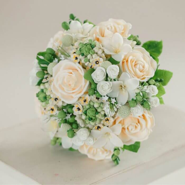 Ivory Rose Wedding Bouquet 4 | Oriflowers