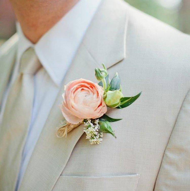 Peach ranunculus boutonniere wedding flower accessories oriflowers peach ranunculus boutonniere junglespirit Images