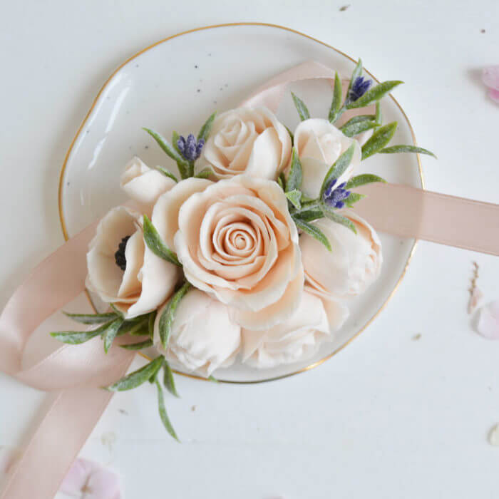 Peach Rose Corsage 3 | Oriflowers