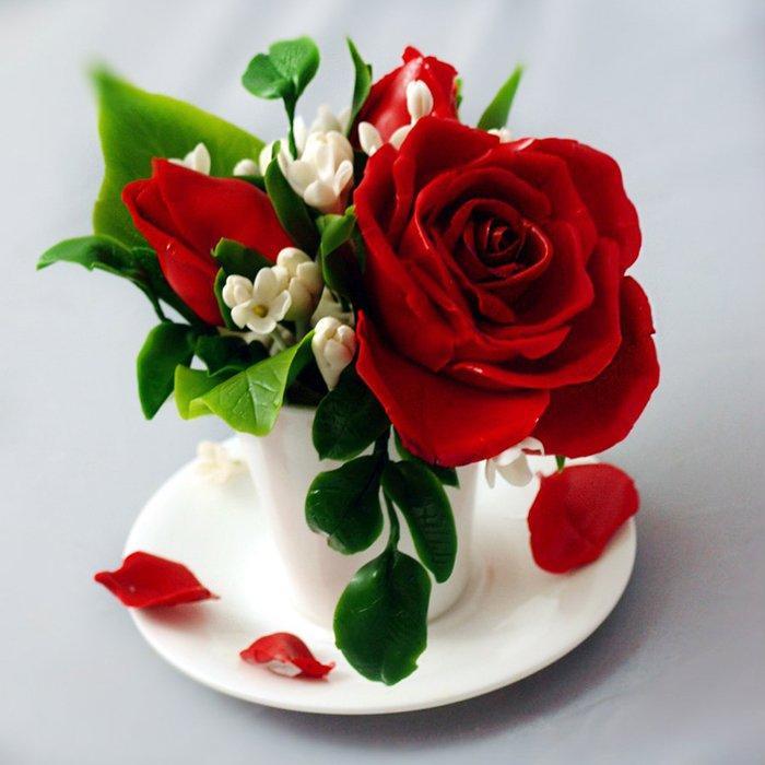 red rose flower arrangement handmade with love oriflowers