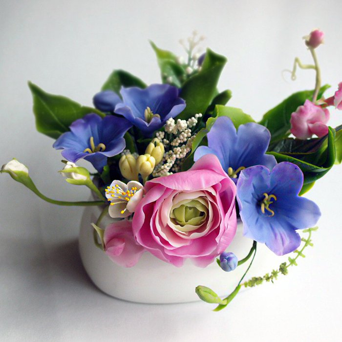 Small Vase Flower Arrangement