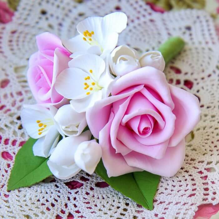 White And Pink Boutonniere 2 | Oriflowers