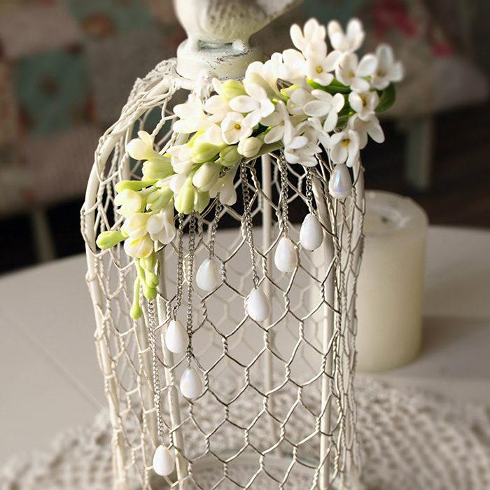 White Flower Clip 1 | Oriflowers