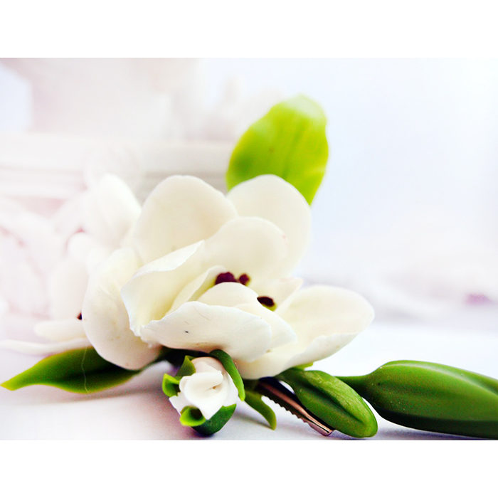 White Freesia Hair Clip 4 | Oriflowers