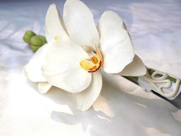 White Orchid Hair Clip 1 | Oriflowers