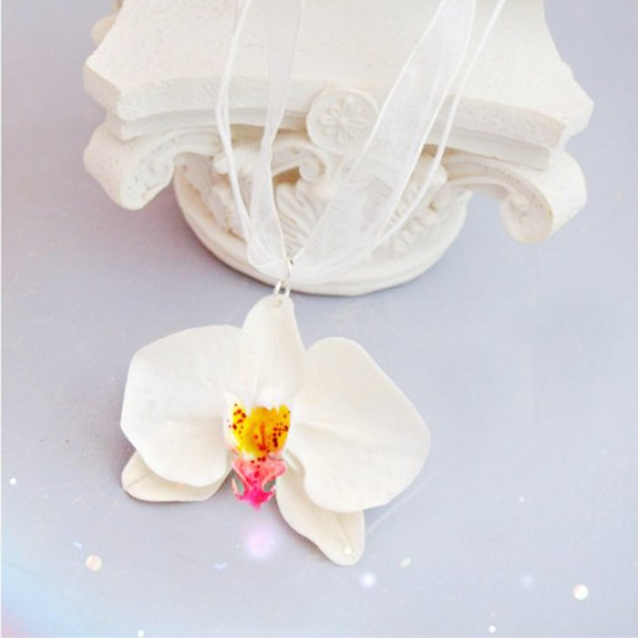 White orchid necklace handmade flower pendant oriflowers white orchid necklace flower pendant aloadofball Choice Image