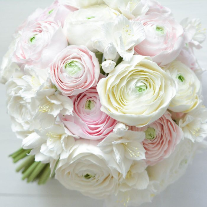 White Ranunculus Bouquet 1 | Oriflowers