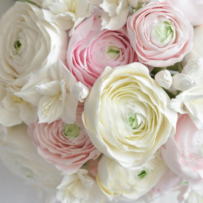 White Ranunculus Bouquet 2 | Oriflowers