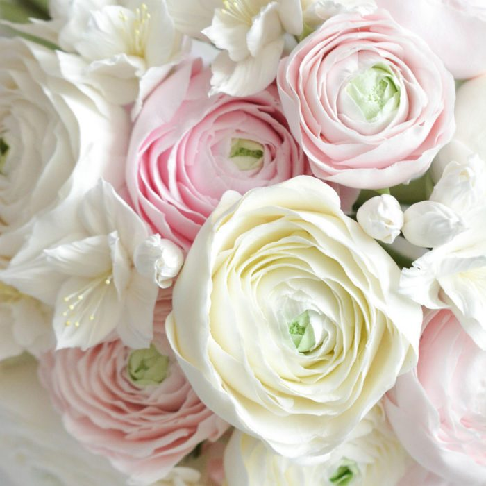 White Ranunculus Bouquet 3 | Oriflowers