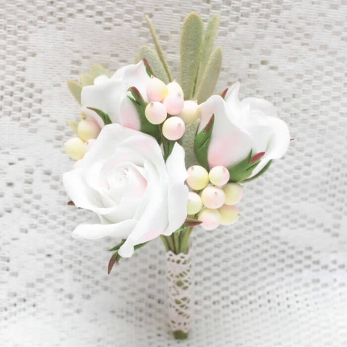 White Rose Boutonniere 4 | Oriflowers