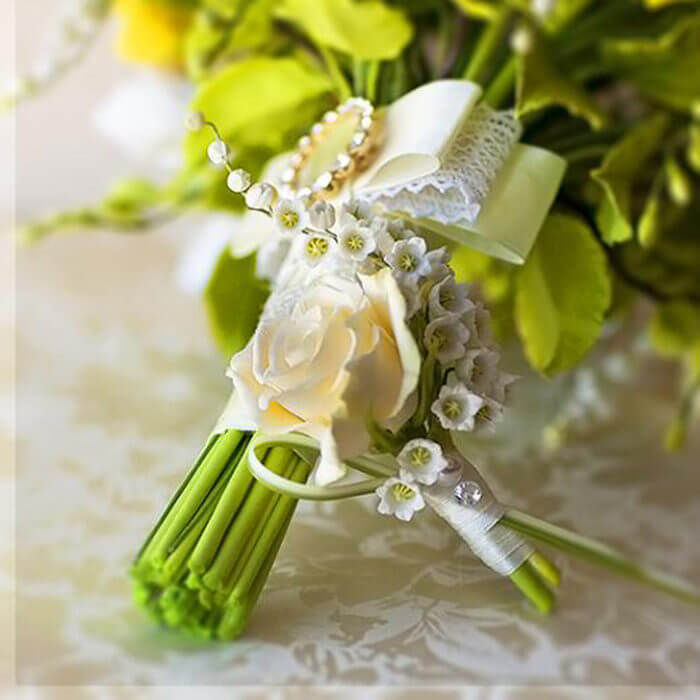 Yellow Rose Boutonniere 4 | Oriflowers