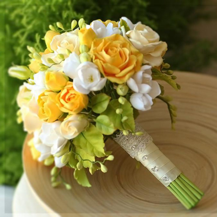 Yellow Rose Bridal Bouquet 4 | Oriflowers