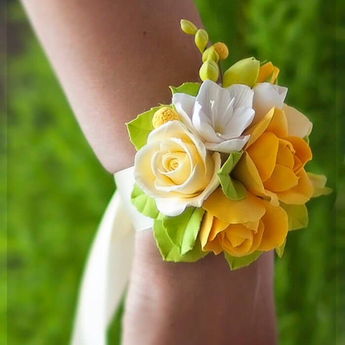 Yellow Rose Corsage 1 | Oriflowers