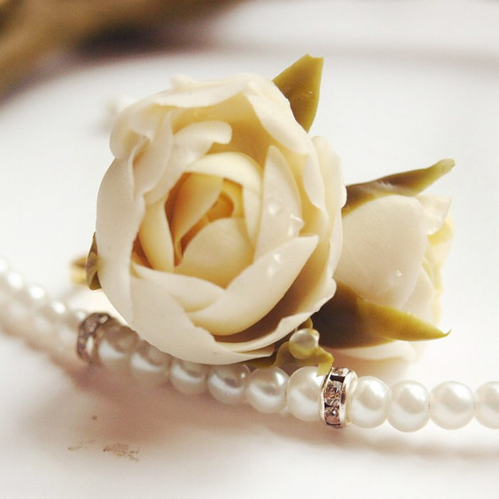 flower ring white | Oriflowers